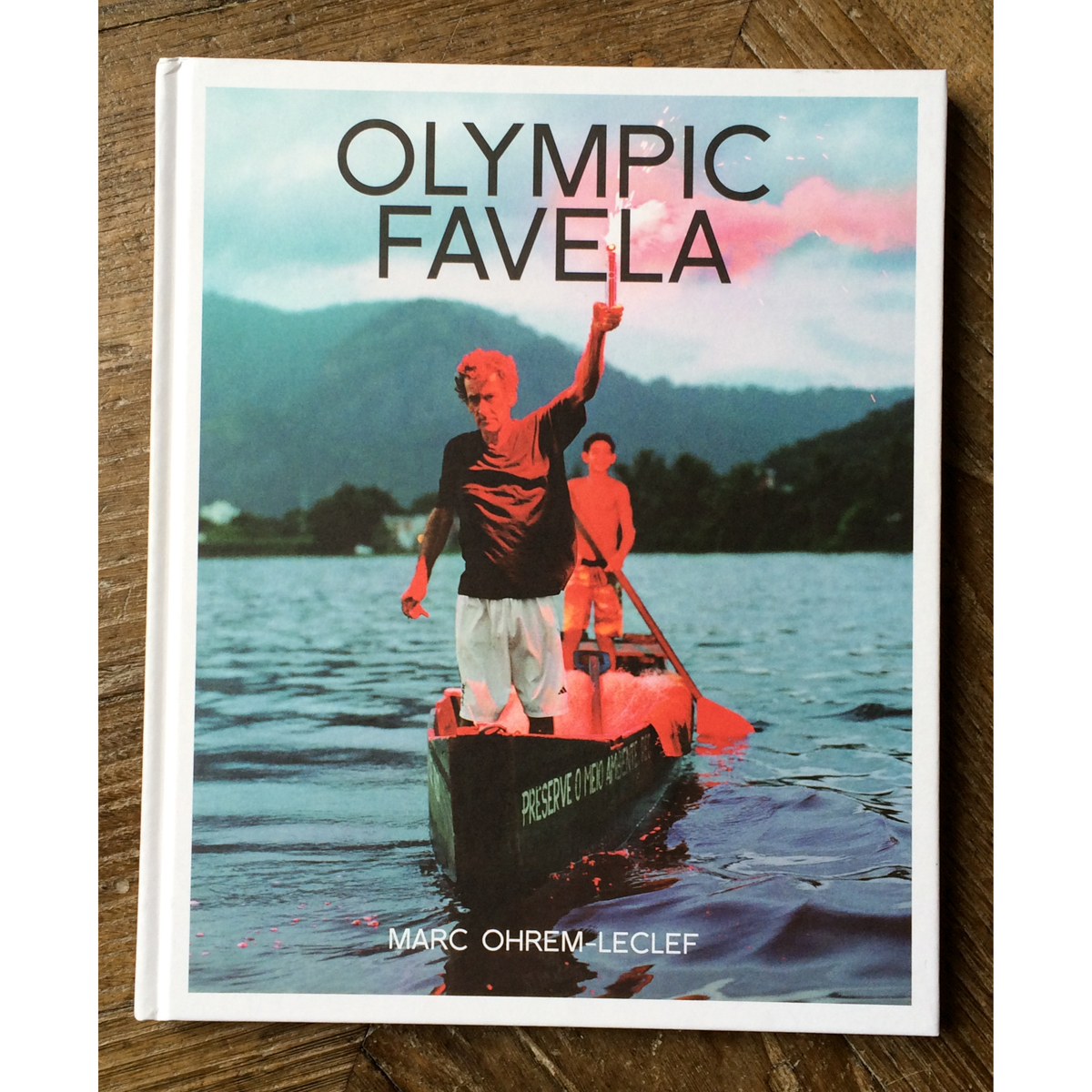 Olympic Favela book cover by Marc Ohrem-Leclef
